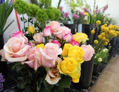 La Fleur Fresh Flower Market opens on Anderson Mill Road