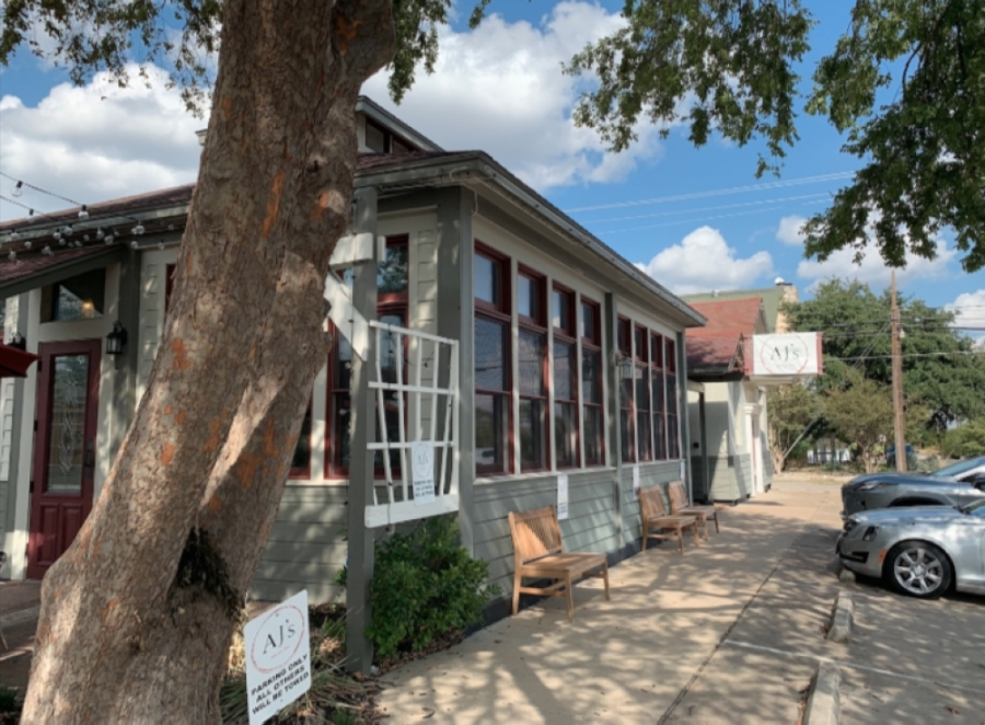AJ's Bar and Grill opened Sept. 17 at 105 W. Willis St. in Old Town Leander before recently closing. (Community Impact file photo)