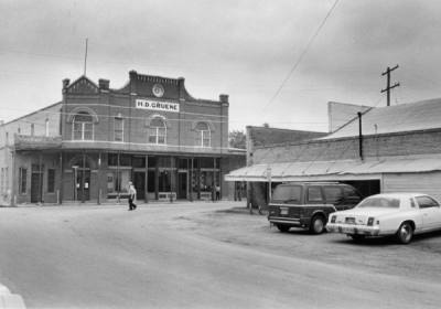 H.D. Gruene Building was a social hub and a place for farmers to buy and sell their wares until 1938; it now houses multiple businesses (Courtesy Gruene Historic District)