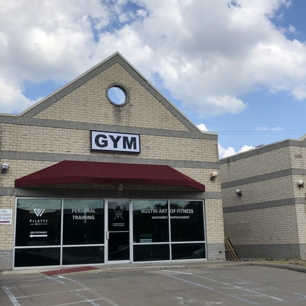 A photo of the facade of Austin Art of Fitness.