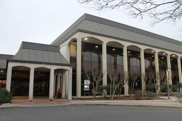 league city helen hall library