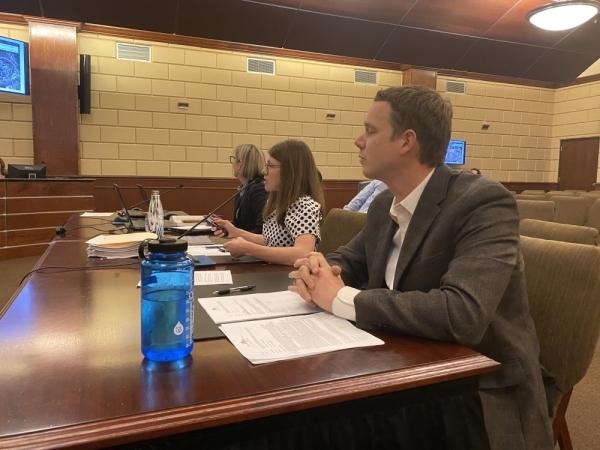 City Engineer Kevin Sawtelle addresses Bee Cave City Council on Jan. 14. (Brian Rash/Community Impact Newspaper)