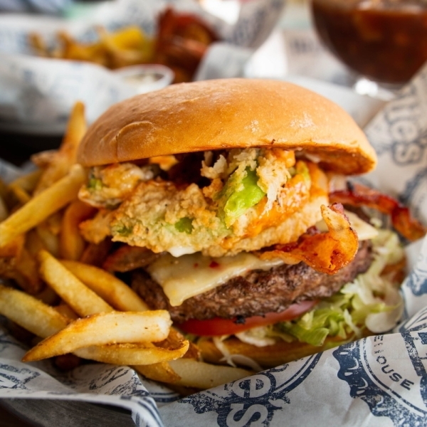 willie's grill & icehouse burger