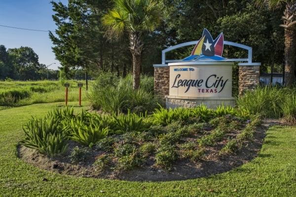 League City sign, League City stock image, League City stock photo
