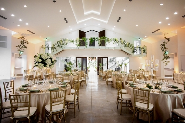 The venue holds up to 500 guests; can host indoor and outdoor ceremonies; and features a dividable large ballroom, private dressing rooms, 24-foot ceilings and sophisticated modern architecture. (Courtesy Lux Vita)