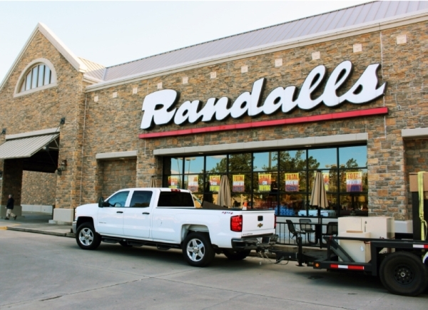 Randalls closed two Kingwood locations in mid-February. (Kelly Schafler/Community Impact Newspaper)