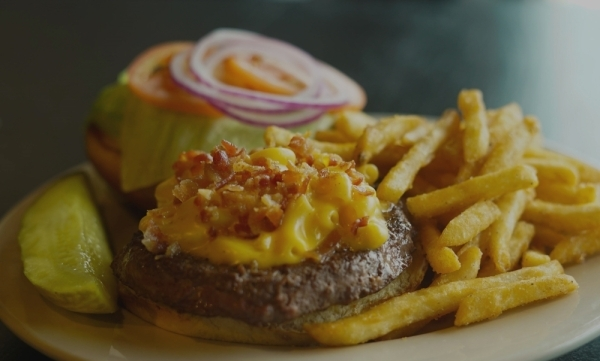 The Indiana-based sports bar is known for its burgers, wings and beer. (Courtesy Stacked Pickle)