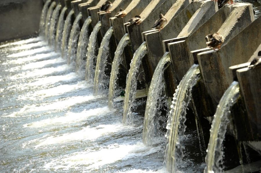 Water disinfection begins with treating water at the treatment plant and then a combination of chlorine and ammonia is added to maintain water quality as the water makes its way through pipes and into homes and businesses. (Courtesy Fotolia)