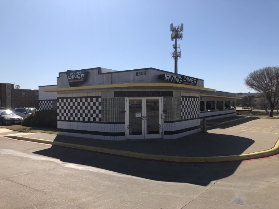 The Local Diner in Irving is now named the Irving Diner. (Ana Irwin/Community Impact Newspaper)