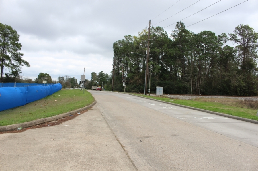 A joint project to expand Rankin Road between Hwy. 59 and the Union Pacific Corp. railroad tracks from a two to four-lane road will soon begin. (Kelly Schafler/Community Impact Newspaper)
