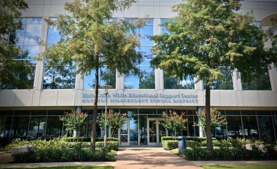 Houston ISD extended its closure through at least April 10. It will decide after April 6 whether to extend the closure. (Matt Dulin/Community Impact Newspaper)