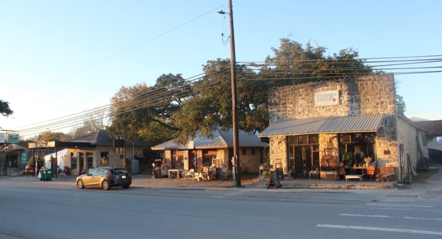 A photo of Dripping Springs' Mercer Street.