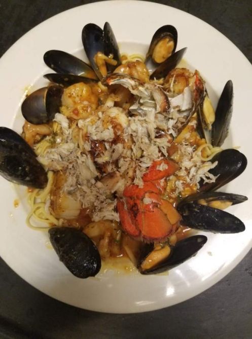 The family-owned Italian restaurant offered a variety of homemade pasta, pizza and seafood dishes. (Courtesy Fratellini Ristorante Italiano)