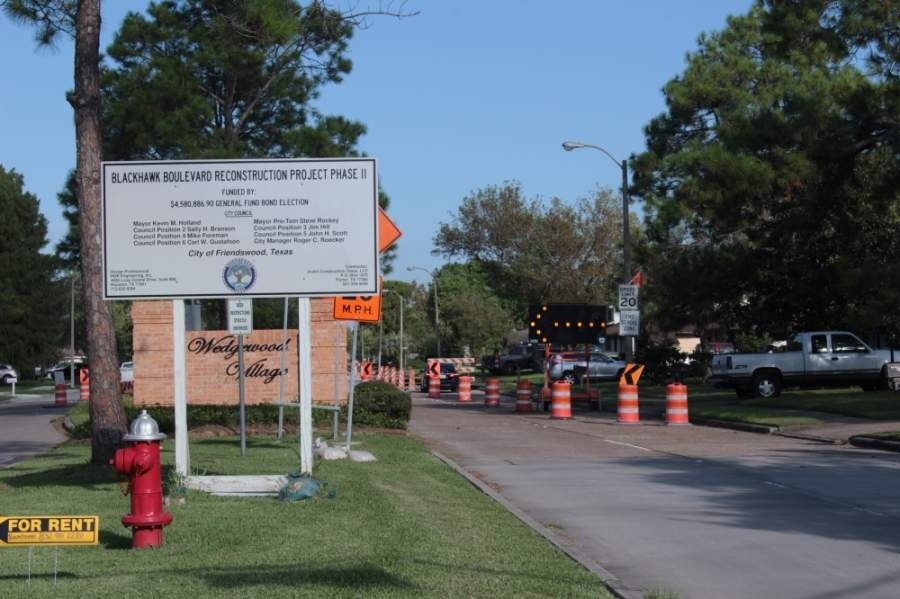 Friendswood is continuing work on Blackhawk Boulevard for an additional three weeks. (Haley Morrison/Community Impact Newspaper)