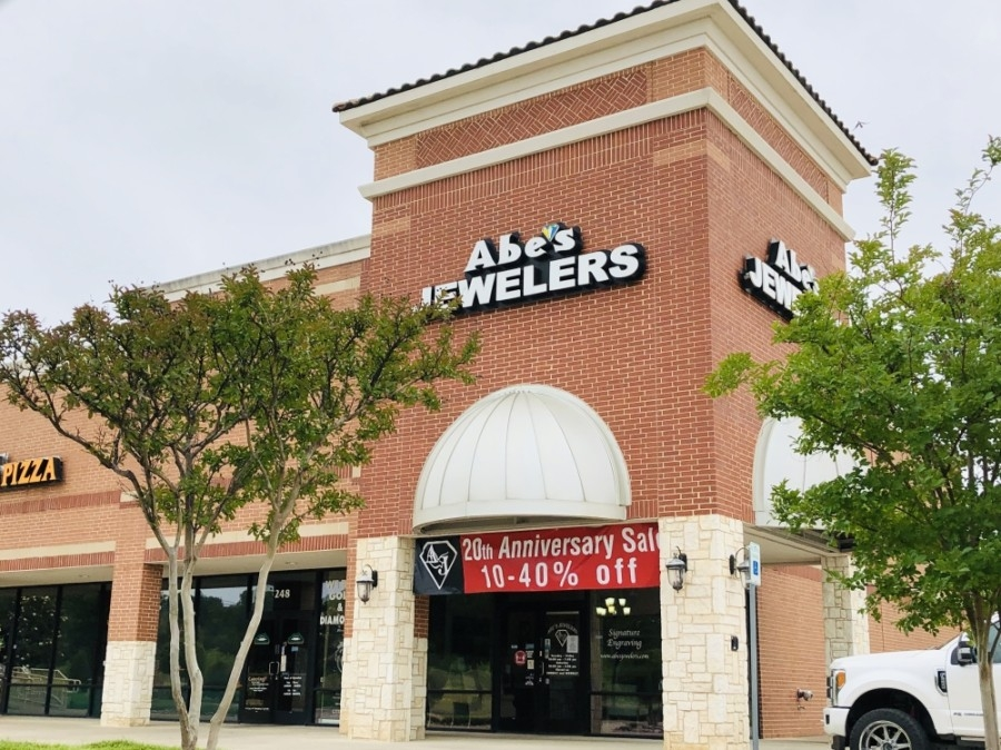 Keller-based jewelry store Abe's Jewelers is celebrating 20 years in business in 2020. (Ian Pribanic/Community Impact Newspaper)
