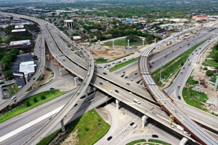 Work continues on installing new flyovers at US 183 and I-35 in North Austin. (Courtesy Texas Department of Transportation)