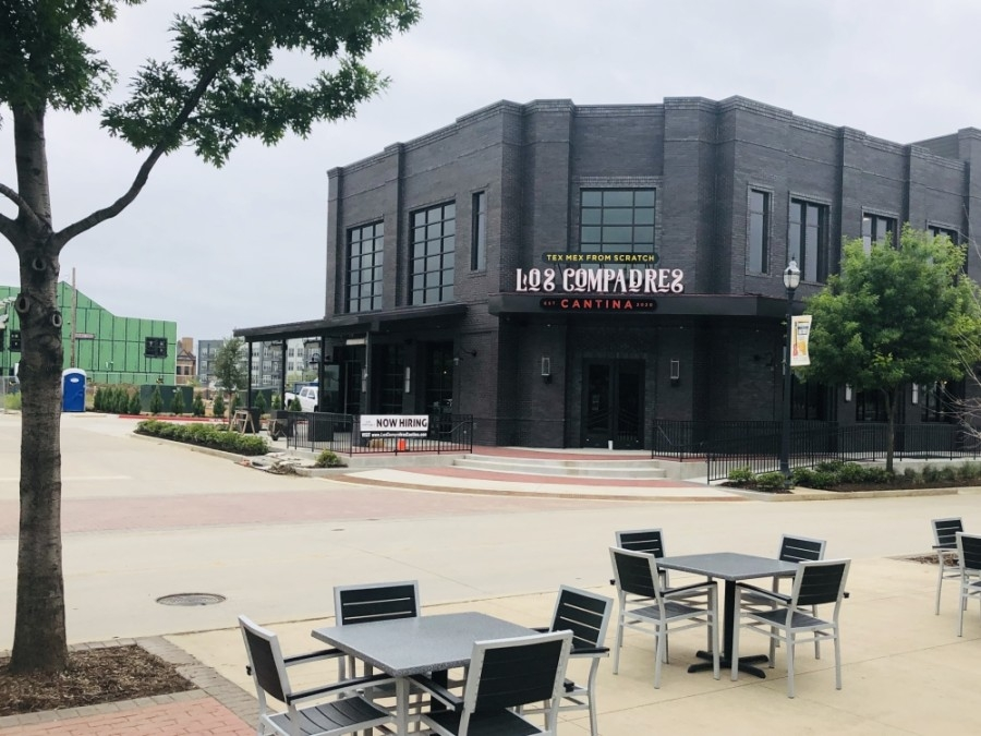 Tex-Mex restaurant Los Compadres Cantina will now open this spring at 320 S. Oak St., Roanoke. (Ian Pribanic/Community Impact Newspaper)
