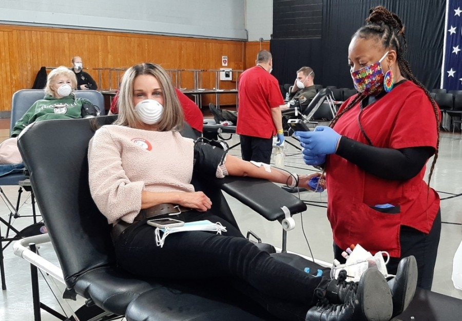 Those who give blood through May 31 will receive a t-shirt by mail while supplies last. For the month of June, donators will receive a $5 Amazon gift card through email, courtesy Amazon, according to American Red Cross. (Courtesy American Red Cross)
