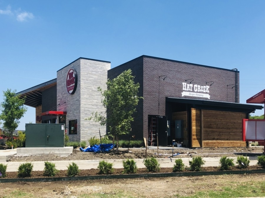 Hat Creek Burger Co. opened during the first week of July on Golden Triangle Boulevard. (Ian Pribanic/Community Impact Newspaper)