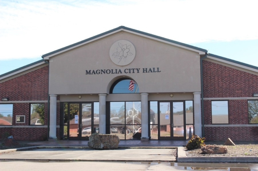 Magnolia's mayor and police chief answered questions July 14 a resident had about the city's response should protests occur in Magnolia. (Anna Lotz/Community Impact Newspaper)
