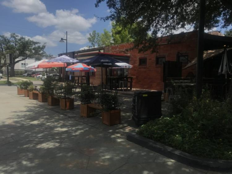 Phoenix on Westheimer converted a portion of its parking spaces into additional outdoor seating. (Emma Whalen/Community Impact Newspaper)