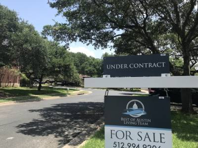 Housing inventory in Southwest Austin remains below 1.5 months, continuing a trend that had been in place prior to pandemic. (Deeda Lovett/Community Impact Newspaper)
