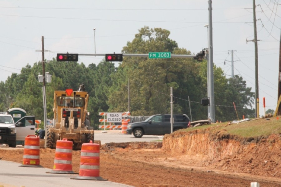 The Longmire Road widening project is slated to wrap up in November. (Andy Li/Community Impact Newspaper)