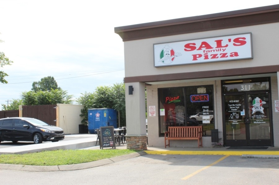 Sal's Family Pizza is located at 595 Hillsboro Road, Ste. 311, Franklin. (Wendy Sturges/Community Impact Newspaper)