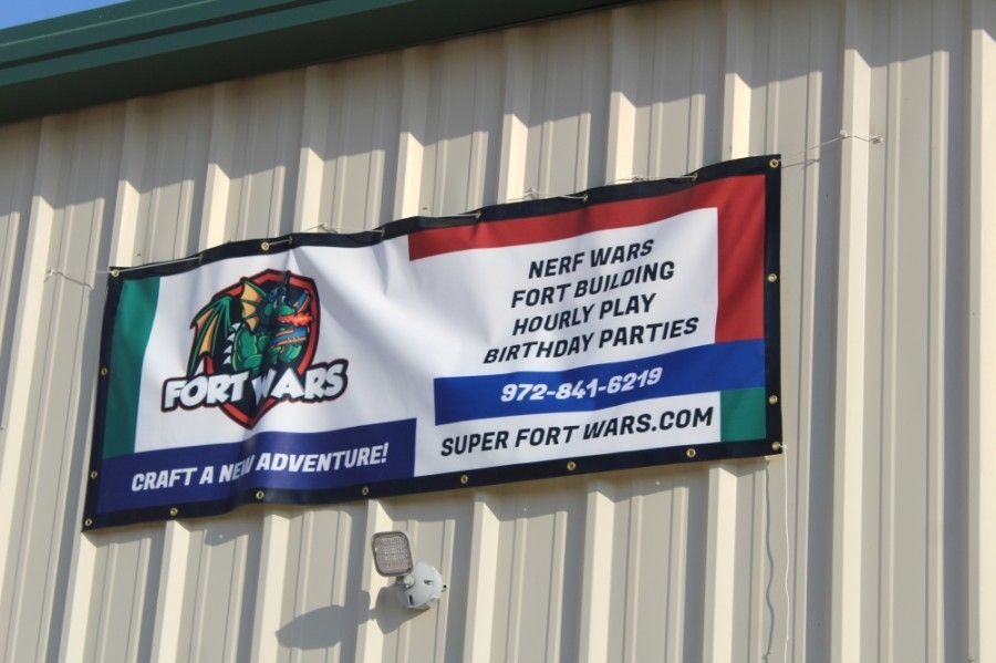Super Fort Wars opened in August on Alta Vista Road. (Sandra Sadek/Community Impact Newspaper)