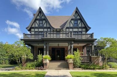 Myer-Hall House Good Brick Tour