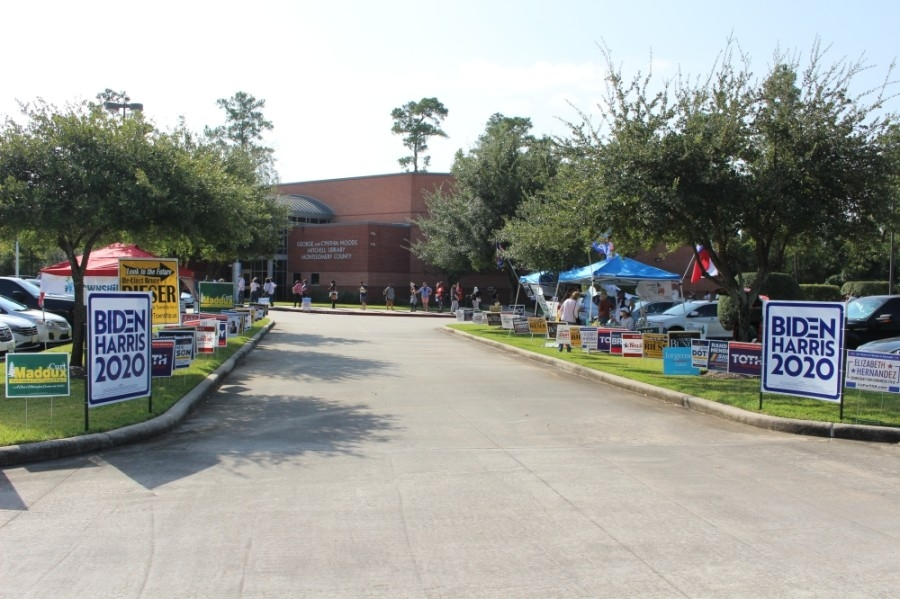 The George and Cynthia Woods Mitchell Library is one of several polling places open for early voting in The Woodlands area. (Ben Thompson/Community Impact Newspaper)