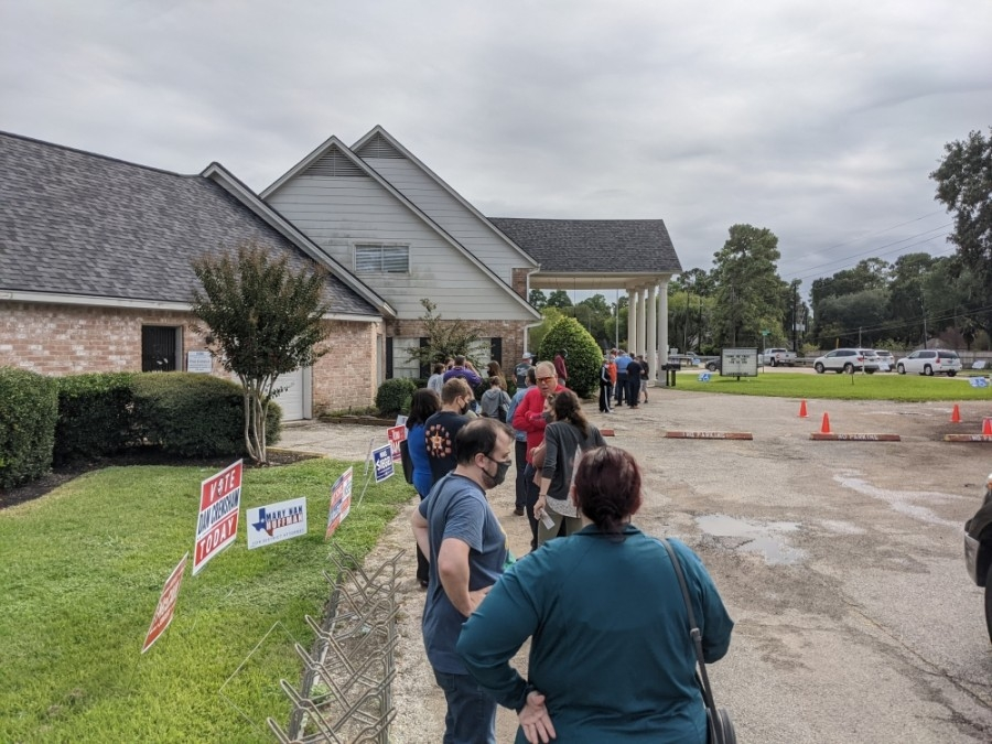 Voters wait in line at a Cy-Fair polling location Oct. 16. (Danica Lloyd/Community Impact Newspaper)