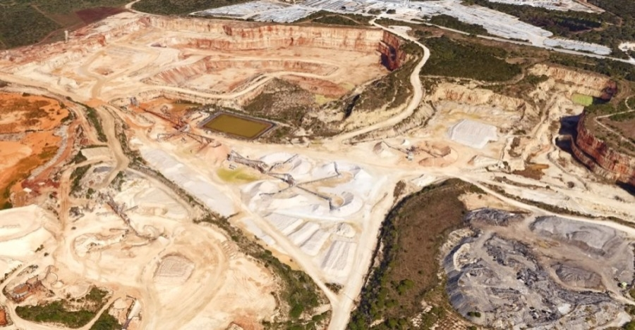 Here is an aerial photo of the Vulcan Materials quarry located in San Antonio. (Courtesy Google Earth)