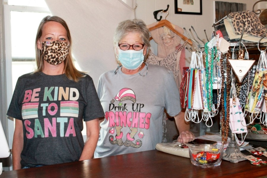 Mother-daughter team Suzanne Stroh (right) and Jamie Jourgensen (left) run On A Whim in Old Town Spring. (Andy Li/Community Impact Newspaper)