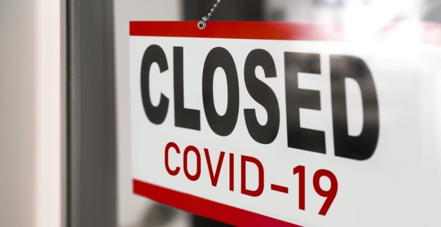 Bars and restaurants in Austin and Travis County must close late-night, in-person dining from Dec. 31 through Jan. 3. (Courtesy Adobe Stock)