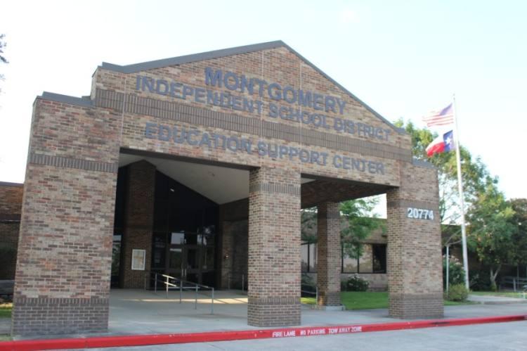 The Montgomery ISD board of trustees met Jan. 19. (Eva Vigh/Community Impact Newspaper)