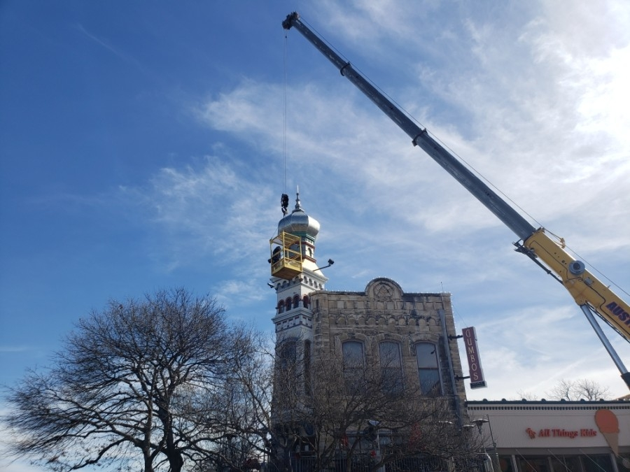 The dome returned to the northeast corner of the Square on Jan. 27. (Ali Linan/Community Impact Newspaper)