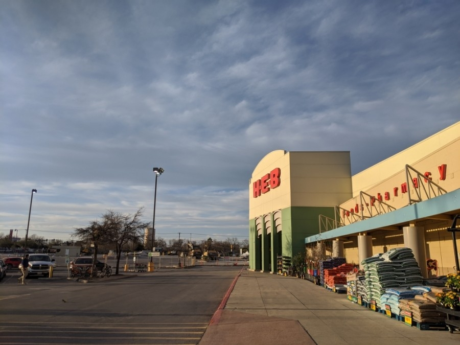The grocery store expansion is slated to conclude at the end of 2021. (Lauren Canterberry/Community Impact Newspaper)