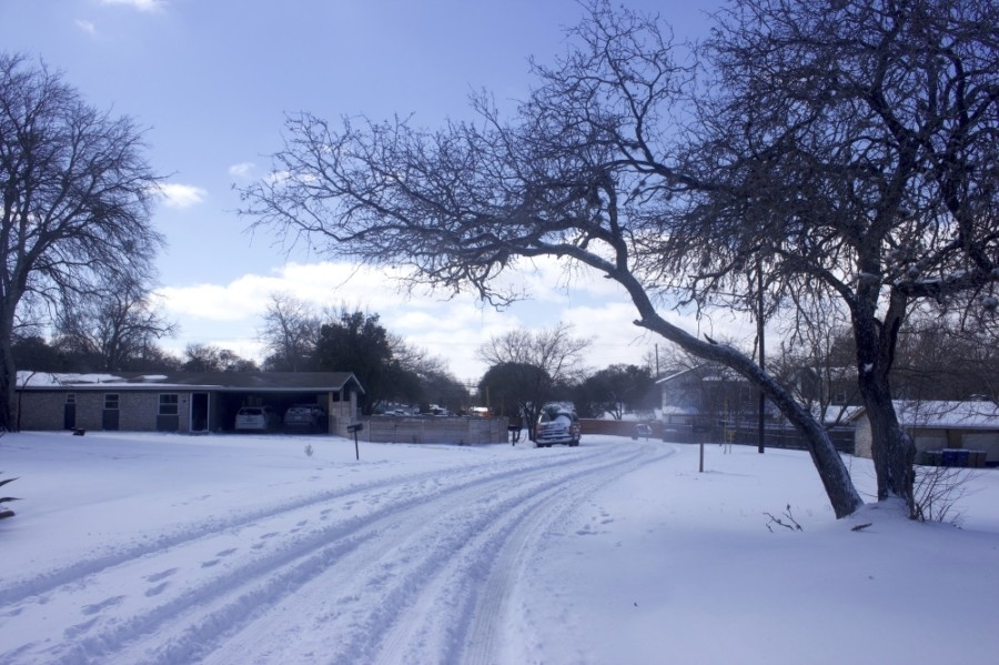 After snow fell in the Austin area overnight Feb. 14 into Feb. 15, nearly 200,000 Austin Energy customers remained without power into the afternoon of Feb. 15. (Jack Flagler/Community Impact Newspaper)