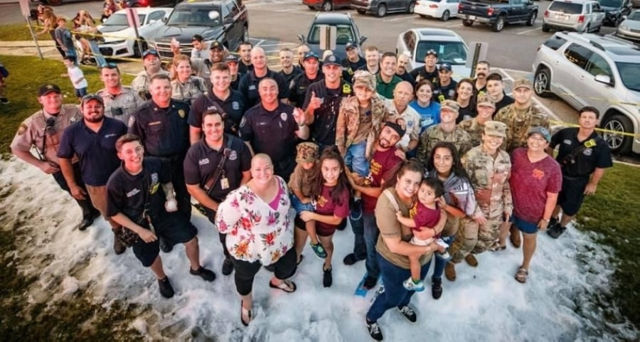 Abbie Maberry, center forefront, has served her community in the New Braunfels area through multiple platforms. (Courtesy Abbie Maberry)