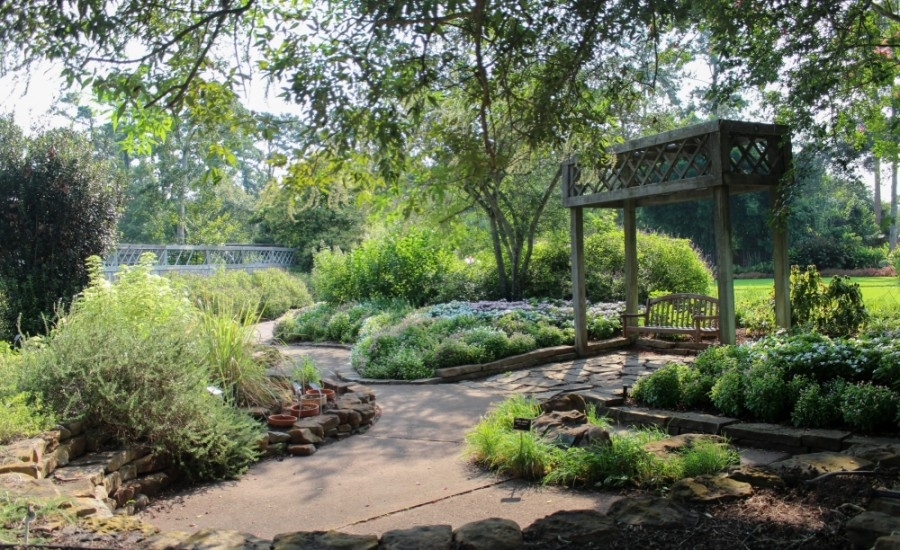 The east side of Mercer Botanic Garden features maintained gardens and extensive walking trails. (Courtesy Harris County Precinct 4)