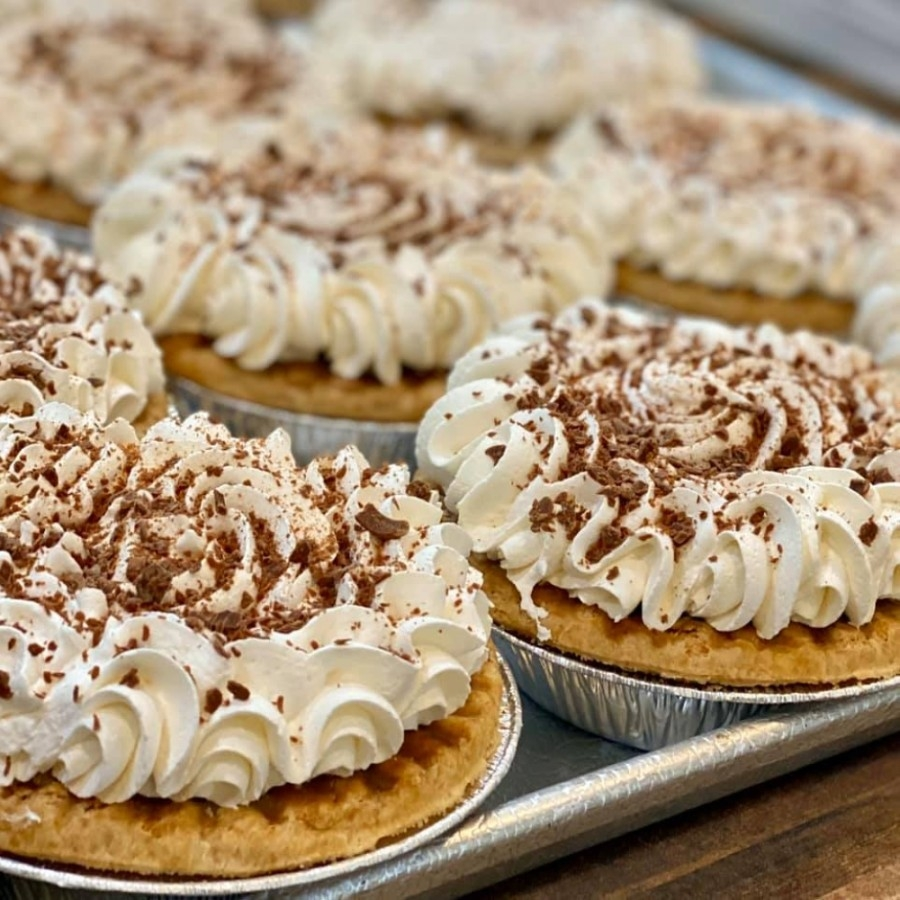 House of Pies offers specialty desserts in addition to breakfast, lunch and dinner. (Courtesy House of Pies)