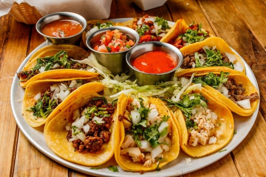 Grab N Go Tacos offers a selection of tacos, quesadillas and fajita plates. (Courtesy Grab N Go Tacos)