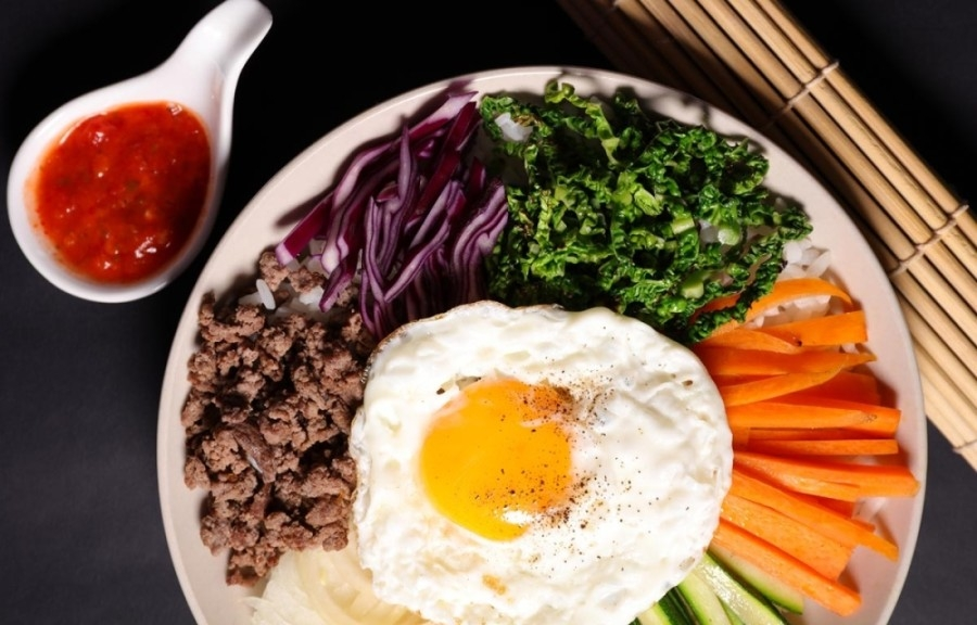 According to its website, the new concept is based on the popular Korean bibimbap and will allow patrons to create their own Bimbimbox with their choice of savory grilled meats, hearty vegetables and homemade sauces. (Courtesy Bimbimbox)
