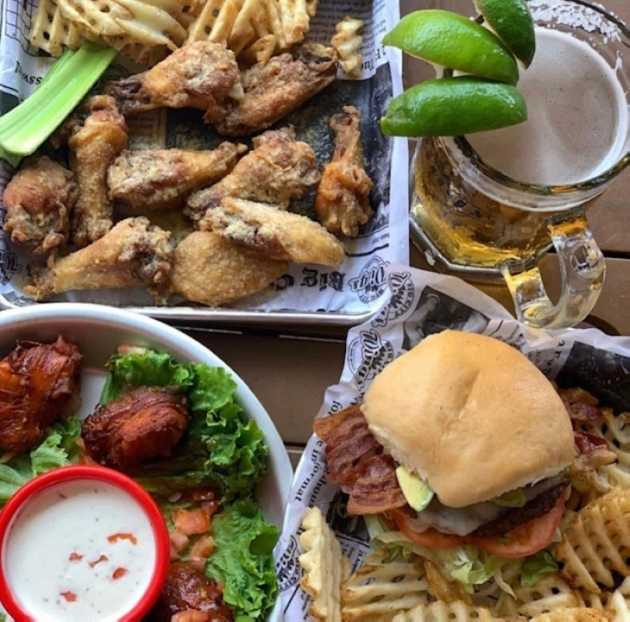 The Houston-area wing restaurant will open a location in Katy at 22762 Westheimer Parkway this summer. (Courtesy Big City Wings)
