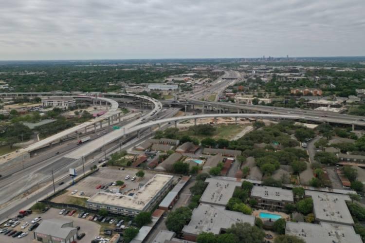 I-35 at US 183 flyovers