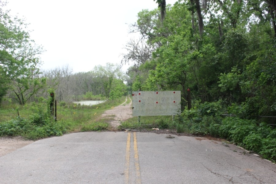 Missouri City is working on a project to extend Knight Road so it connects from McKeever Road to the Fort Bend Parkway Toll Road. (Claire Shoop/Community Impact Newspaper)