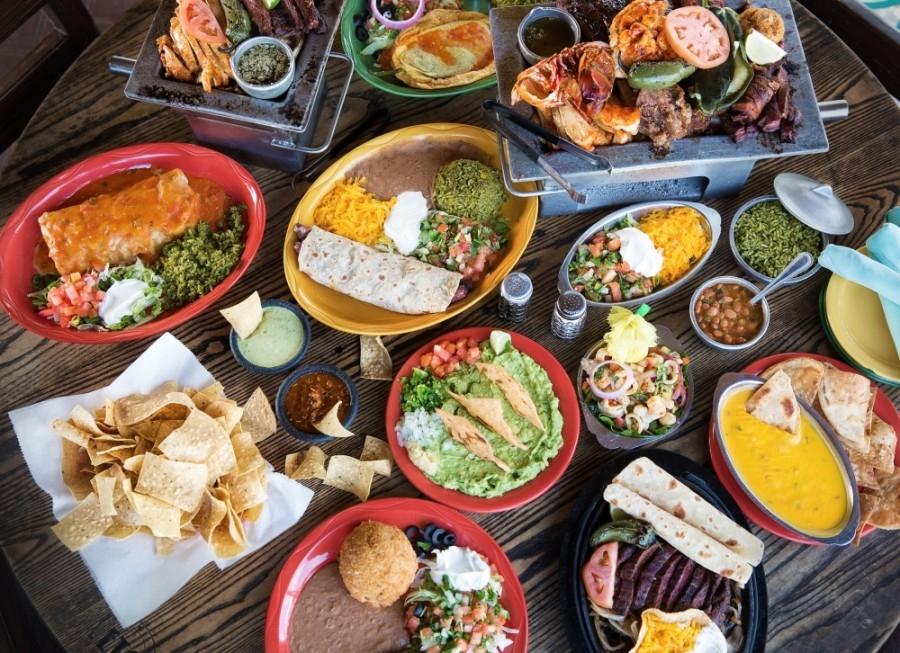 El Tiempo Cantina serves fajitas, enchiladas, quesadillas and other dishes and has an extensive drink menu, including margaritas and cocktails. (Courtesy El Tiempo Cantina)