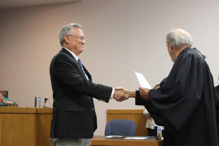 Mayor Norman Funderburk took the oath of office on May 13. (Kelly Schafler/Community Impact Newspaper)