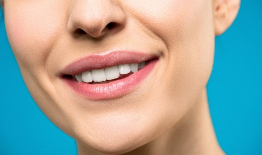 Glo Parlor will offer all-natural teeth-whitening services and products. (Courtesy Pexels)